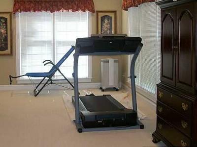 advantages to a home treadmill